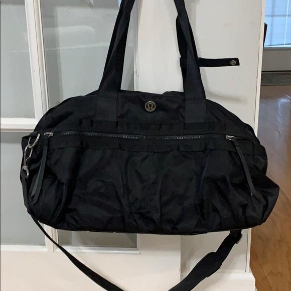 Lululemon gym duffel bag
